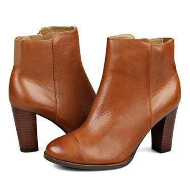 海淘:美国亚马逊 其乐 Clarks Kacia Alfresco 女款真皮短靴