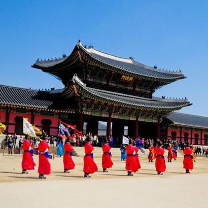 去哪儿网 北京-首尔 4天3晚自由行(往返含税机票+国际五星首尔世贸中心洲际酒店3晚+接机)